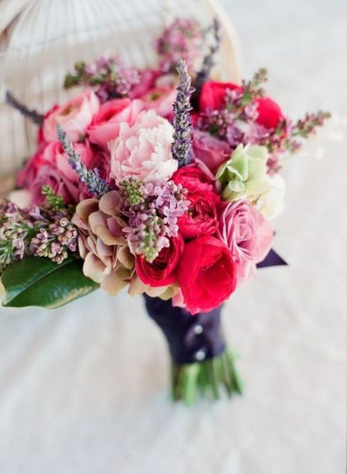 Свадебный букет весенний, цветы оптовой цене