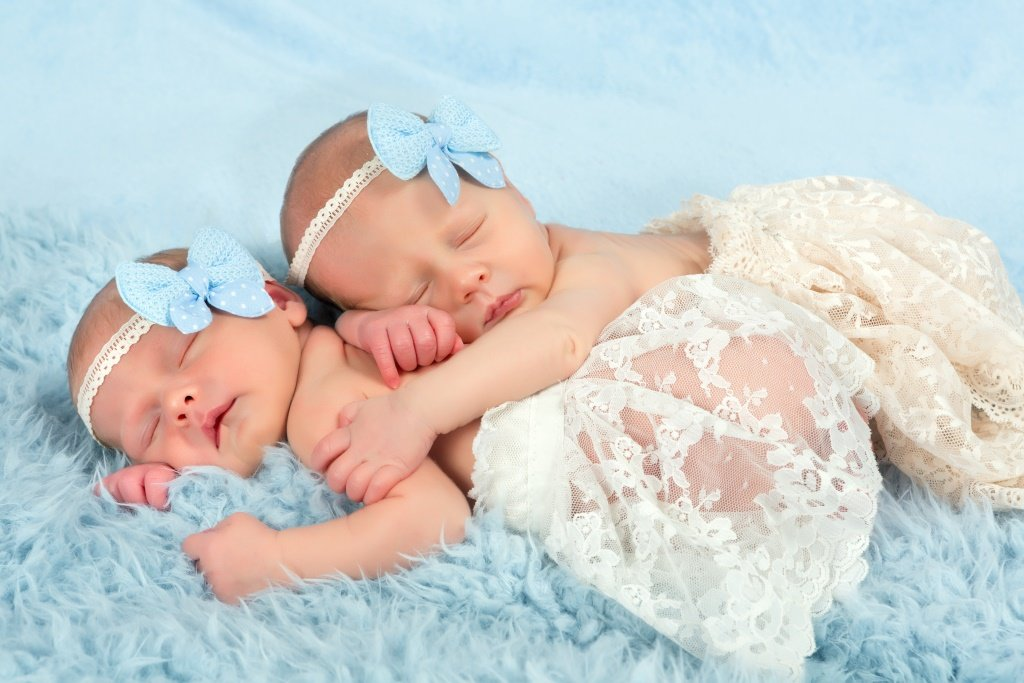 Поздравление с близнецами девочками картинки, мамин