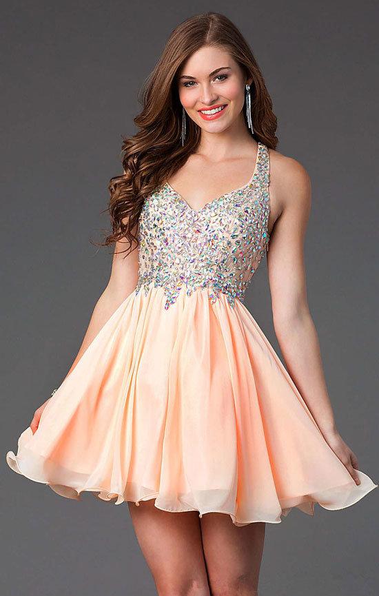 94931efbbff ... Смотрите самые красивые короткие выпускные платья фото