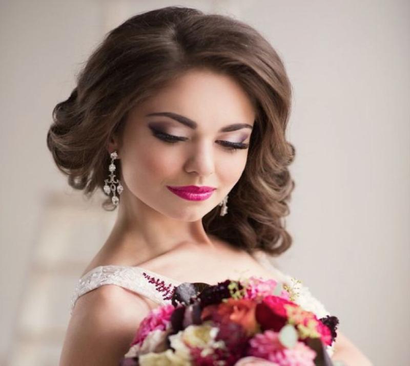 Свадебный макияж невесты 2016: все модные тенденции в нашей статье! Какой свадебный макияж выбрать блондинке, брюнетке? Читайте у нас.