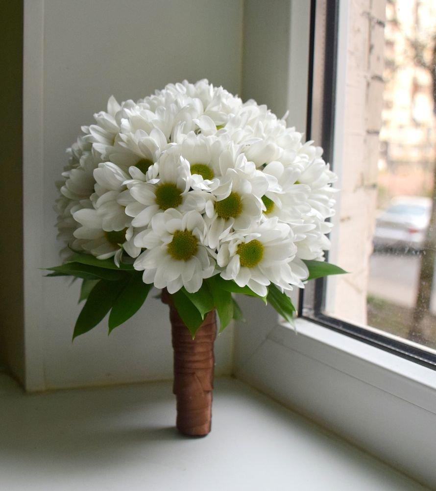 Альстромерией, кустовая хризантема свадебный букет