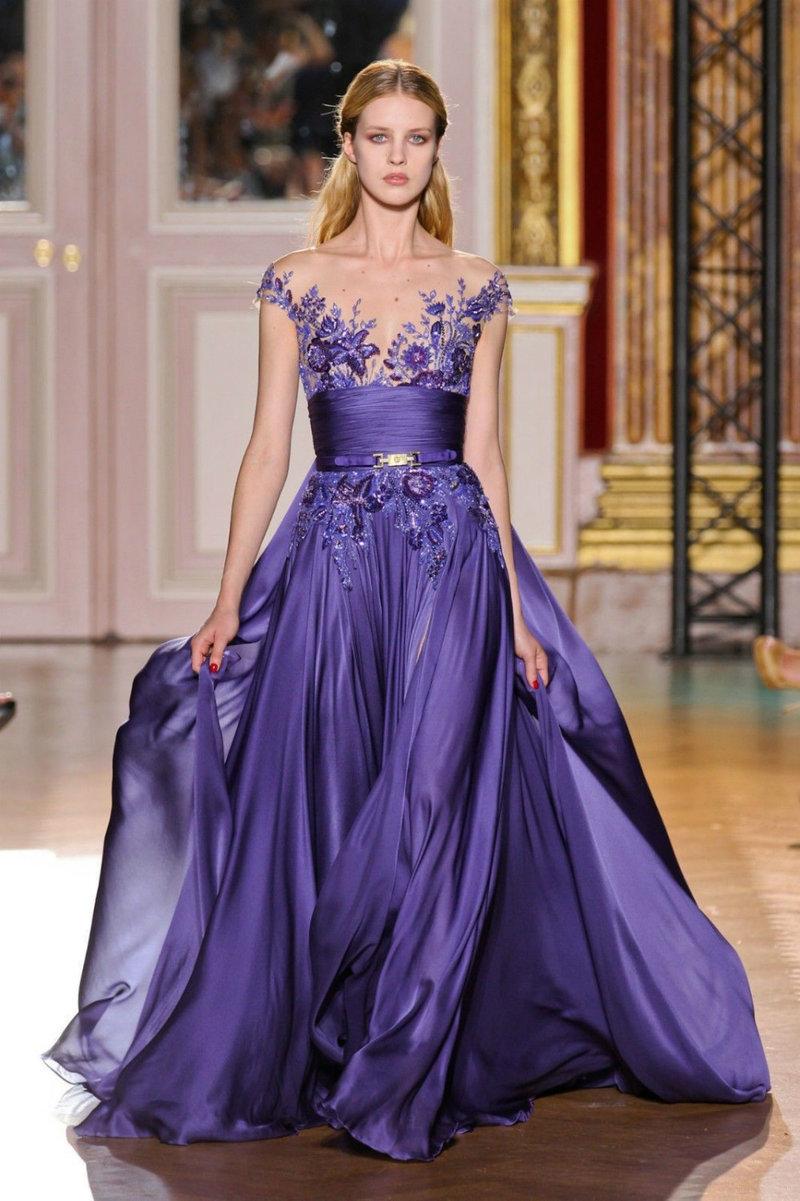 Платье из всех цветов радуги