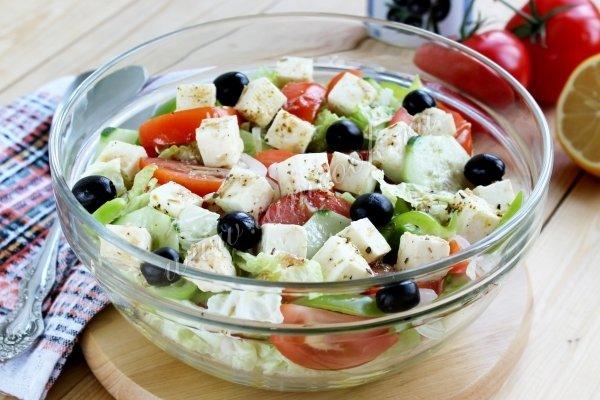 Греческий салат рецепт с фото с пекинской капустой