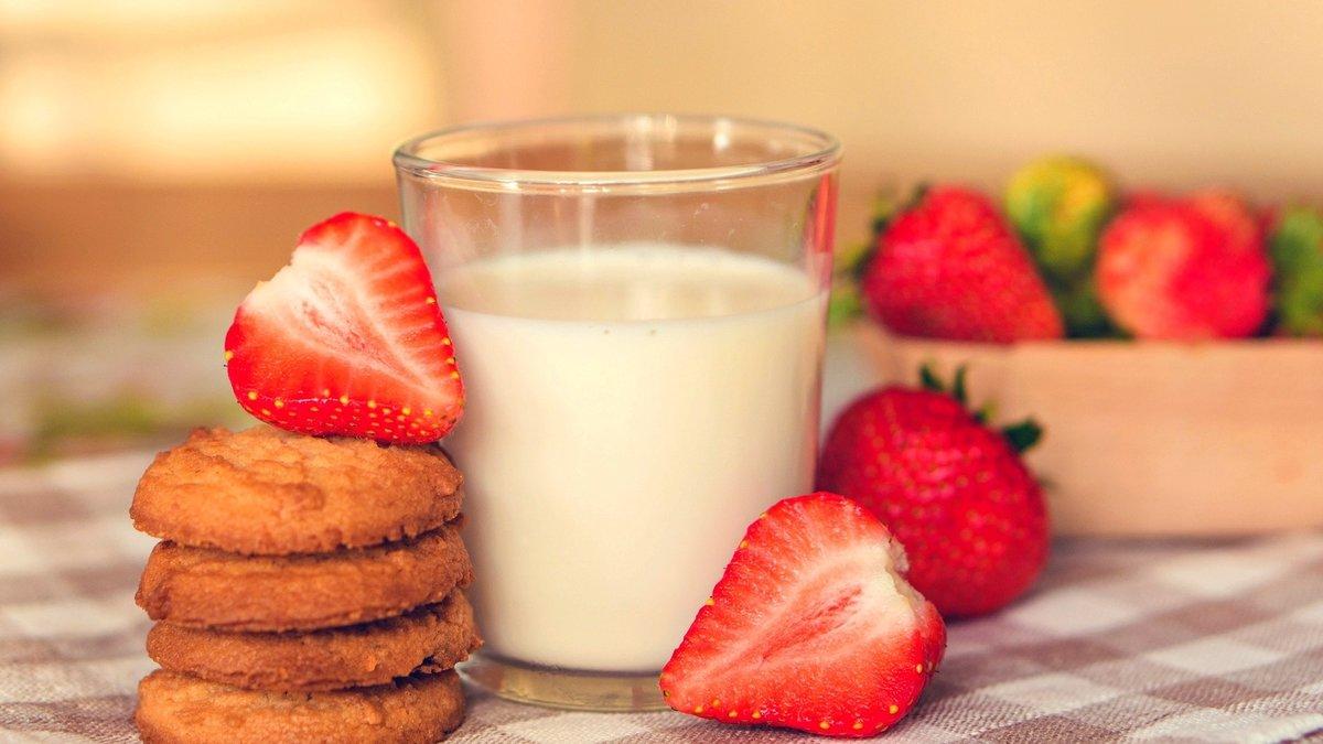 Картинки мой, открытка печенье с молоком