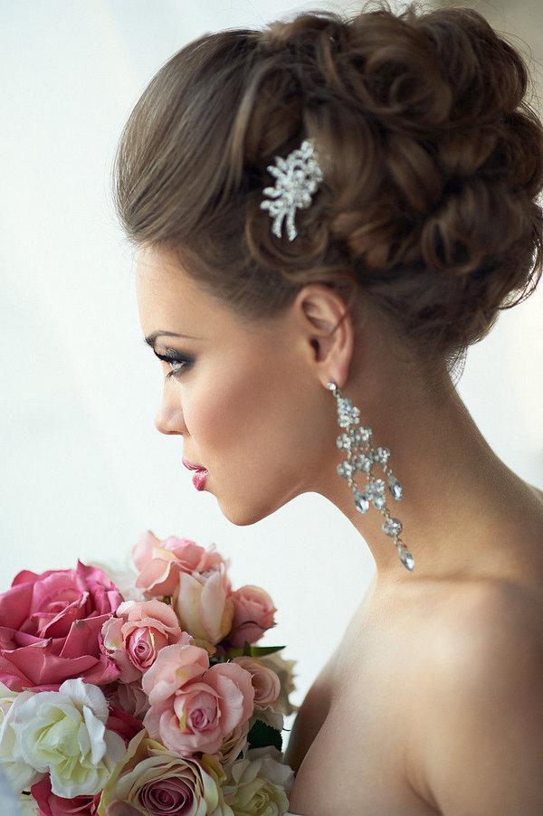 Свадебная причёска пучок