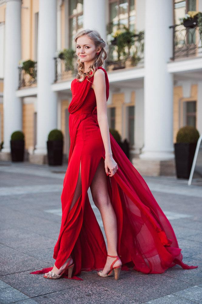 Закажите «Афина» в нашем ателье DresSea в Санкт-Петербурге. Индивидуальный дизайн и доступные цены.