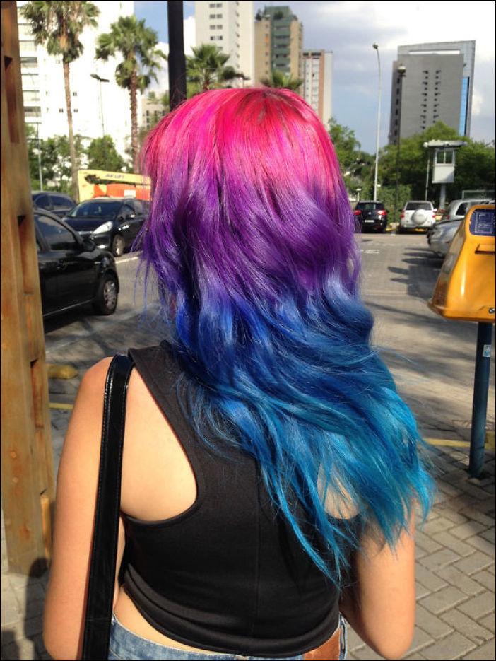 Если цвет приснившихся волос – синий, есть большая вероятность заблудиться или получить в конце путешествия не то, на что надеялись.