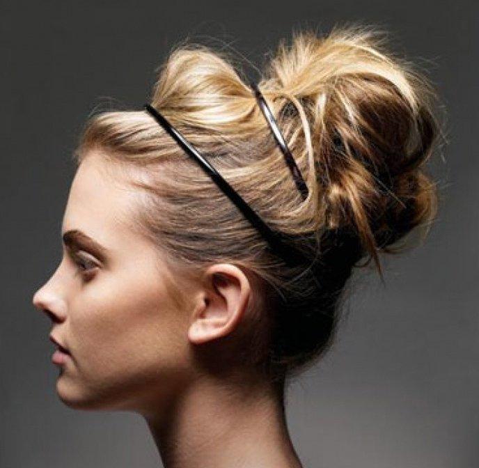 Причёски для длинных волос с обручем