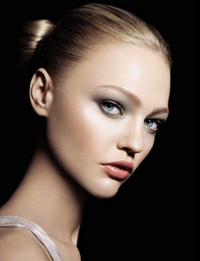 А поскольку глаза – зеркало души, макияж глаз занимает едва ли не самое главное место, в некоторых случаях уступая разве что губам.