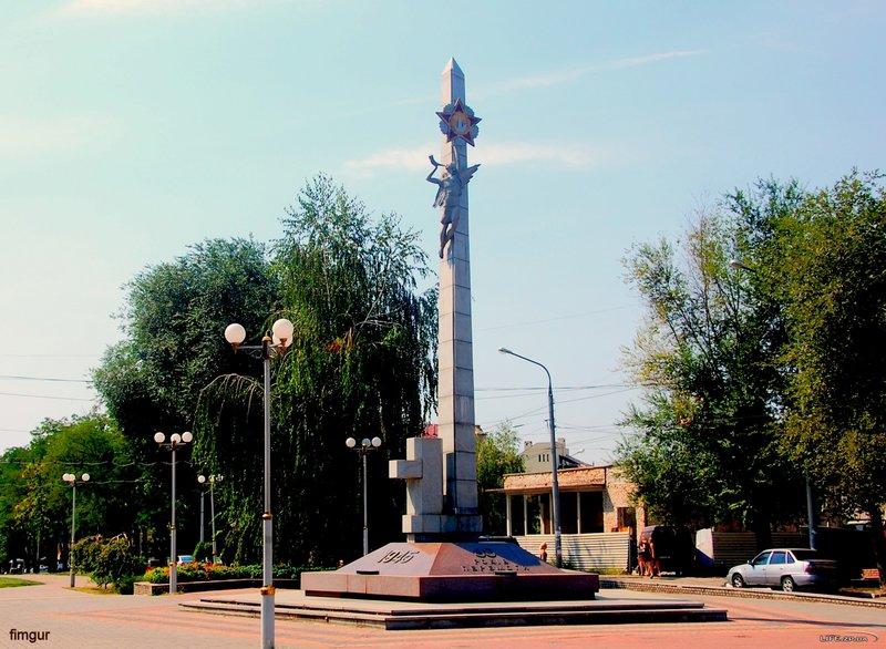 Памятник 60-летия Победы над фашистской Германией, фотографии памятника в Запорожье, фото