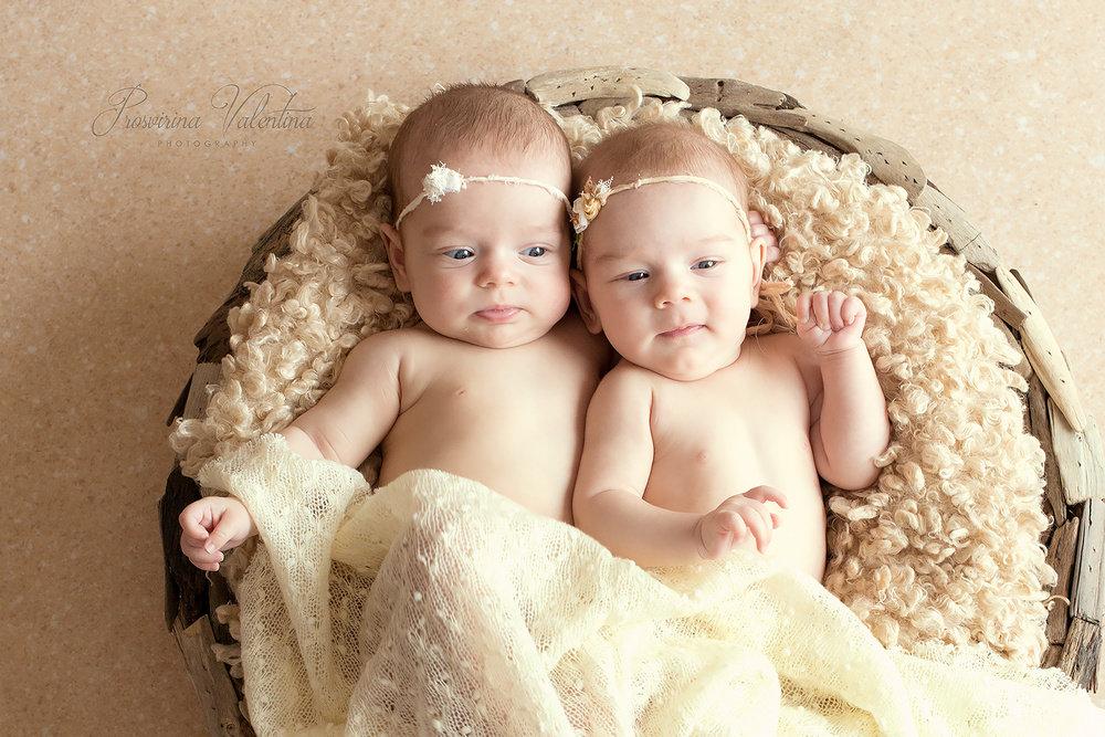 обнаруживает жертву, идеи фотосессий для близнецов основы открытки сгибаем