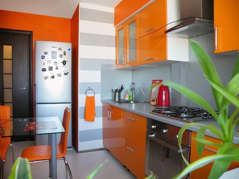 Бело рыжая кухня