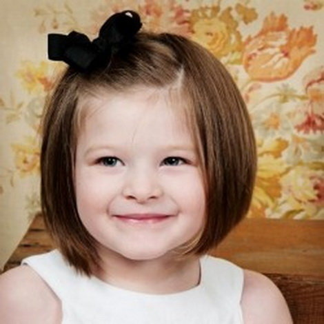 Прически для девочек 2 года для коротких волос