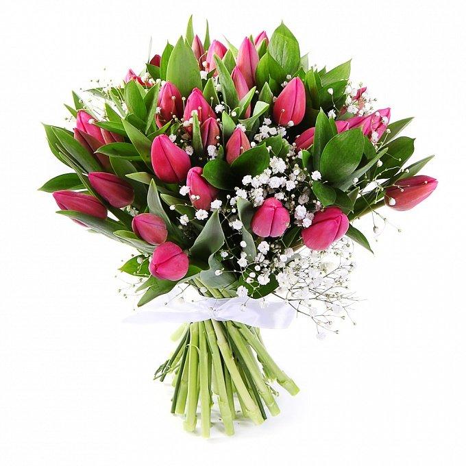 Подарок, букет из роз тюльпанов и аспидистры