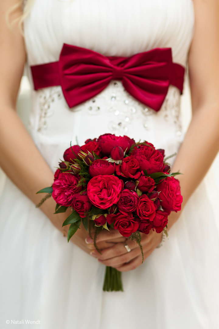 Фото свадебный букет красный