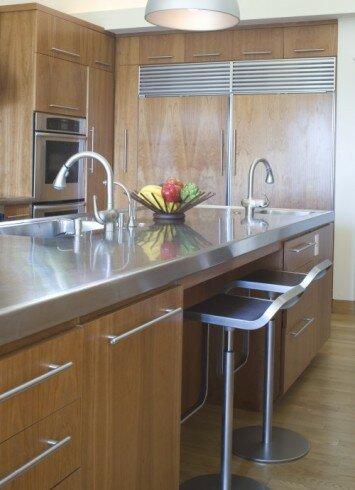 Кухня — это сердце любого дома. Здесь проходят сонные завтраки, вкусные обеды и вечерние посиделки.