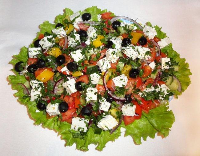 Греческий салат фоторецепт