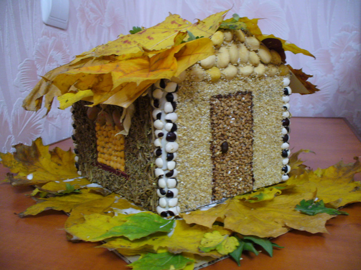Поделки золотая осень своими руками из природного фото 902