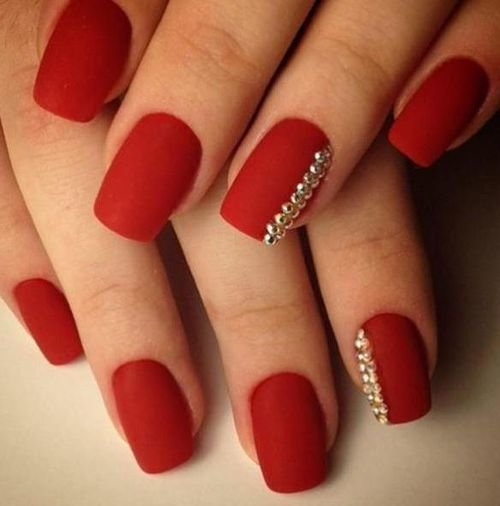 красные ногти гель фото