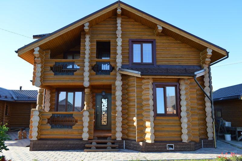 Деревянное домостроение - вид спереди