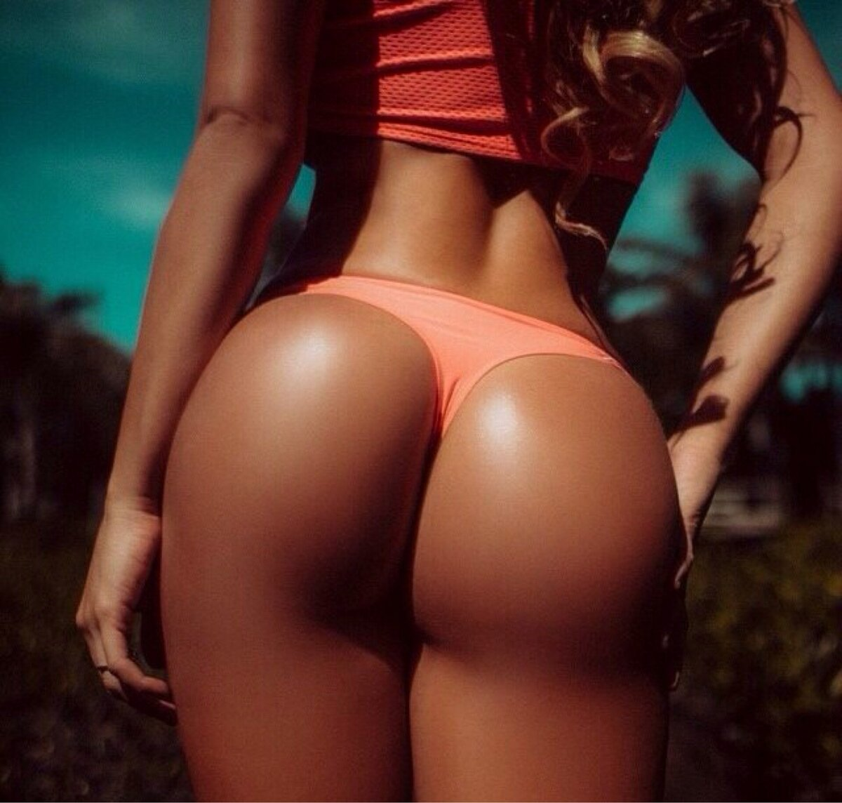 Women with sexy ass