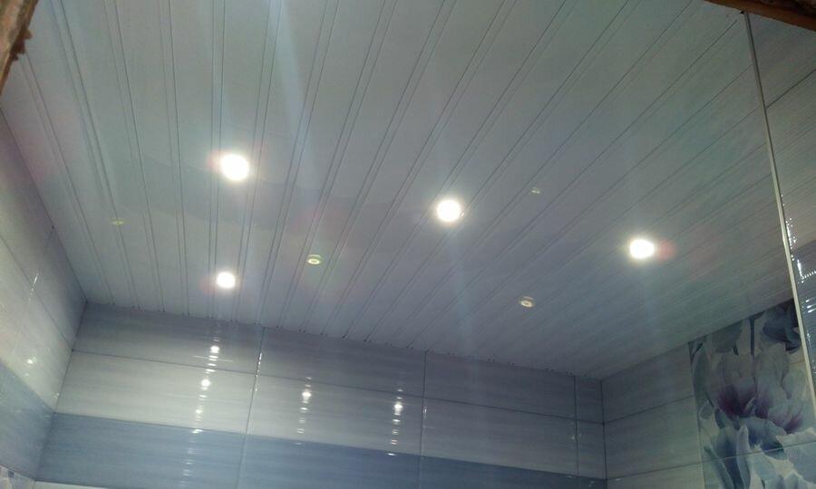 Реечный потолок №105