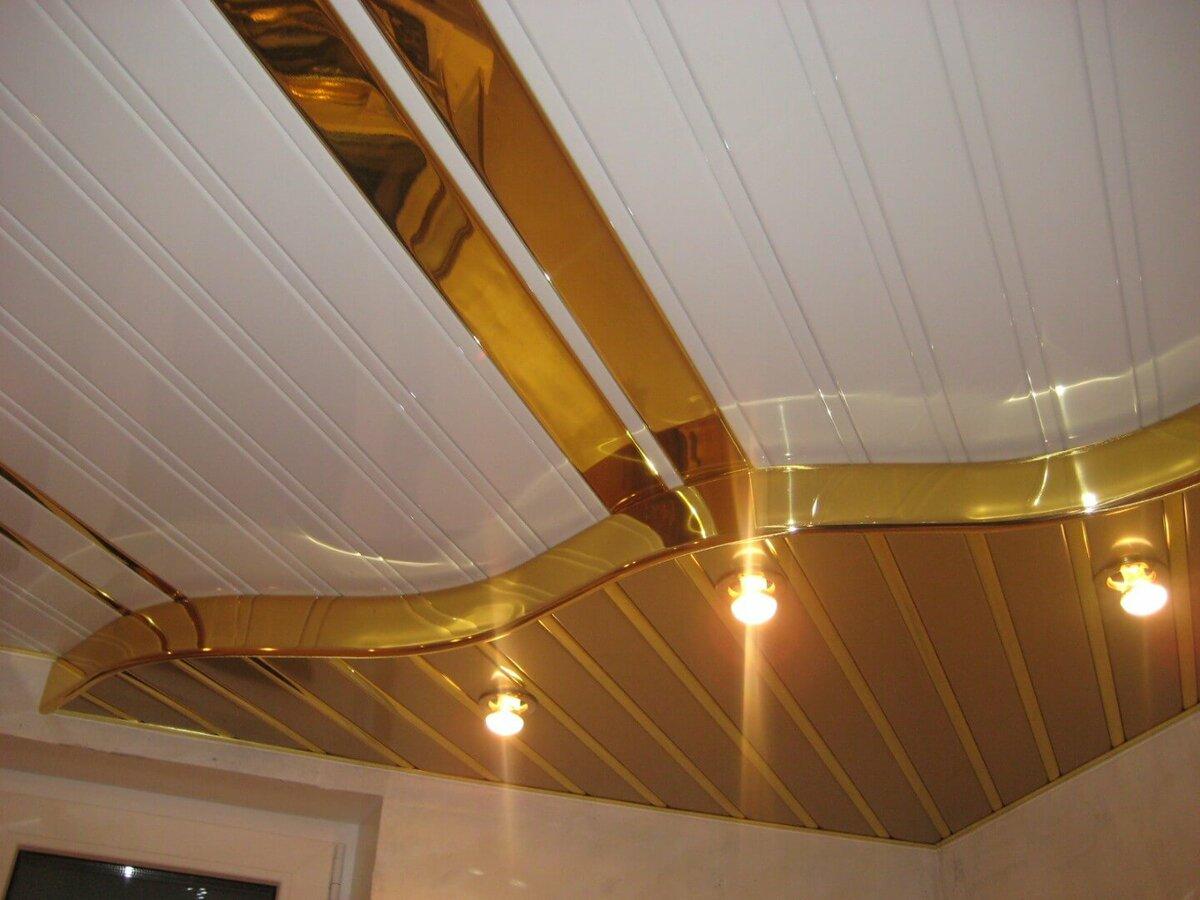 Реечный потолок №108