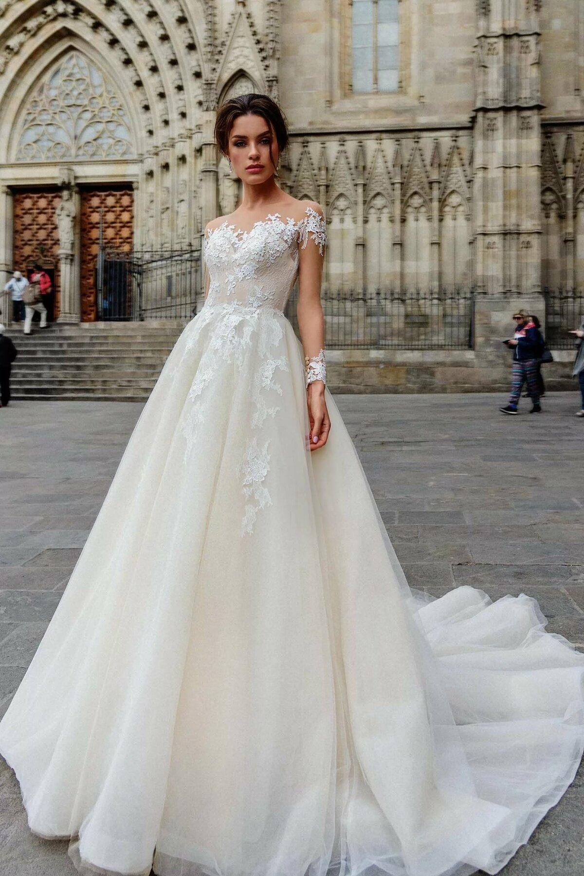 Картинки свадебных платьев спб