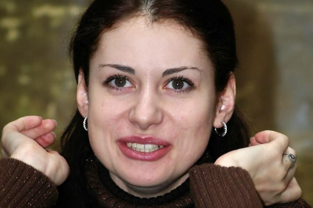 анна ковальчук фото без макияжа пауков вытянутым телом