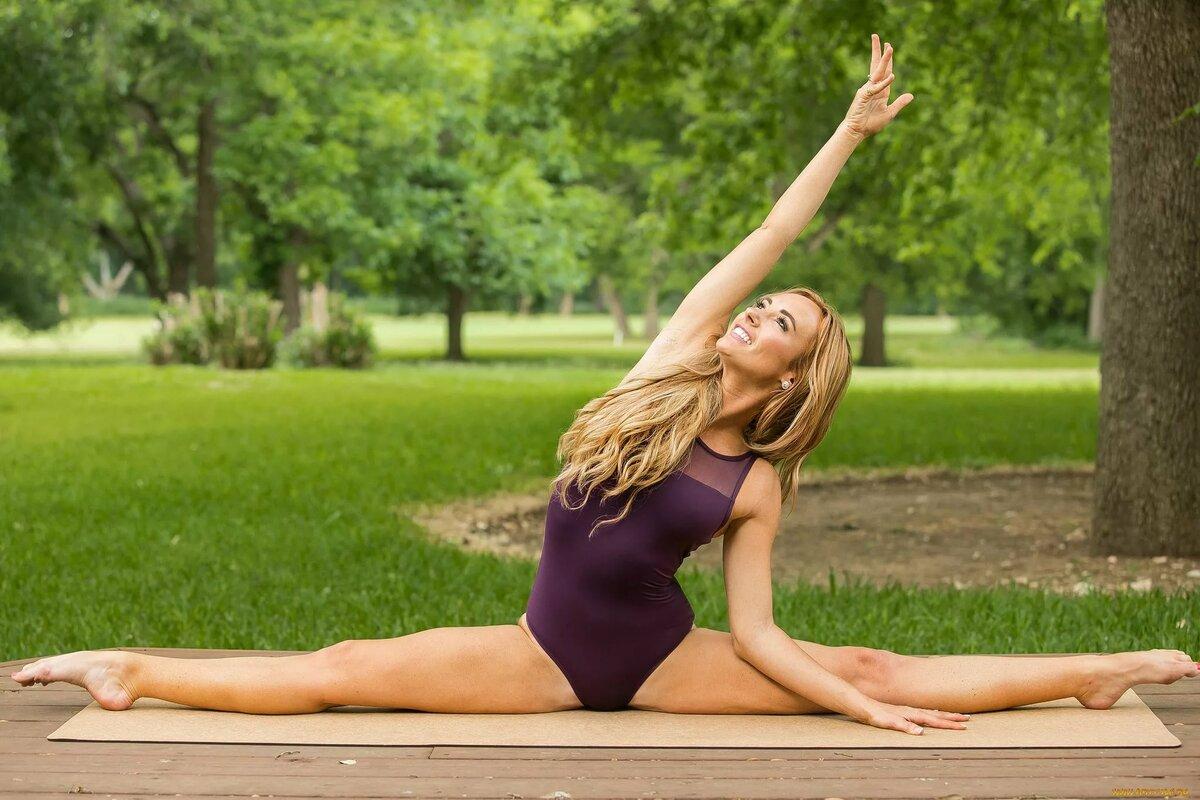 Фото гимнастики в природе