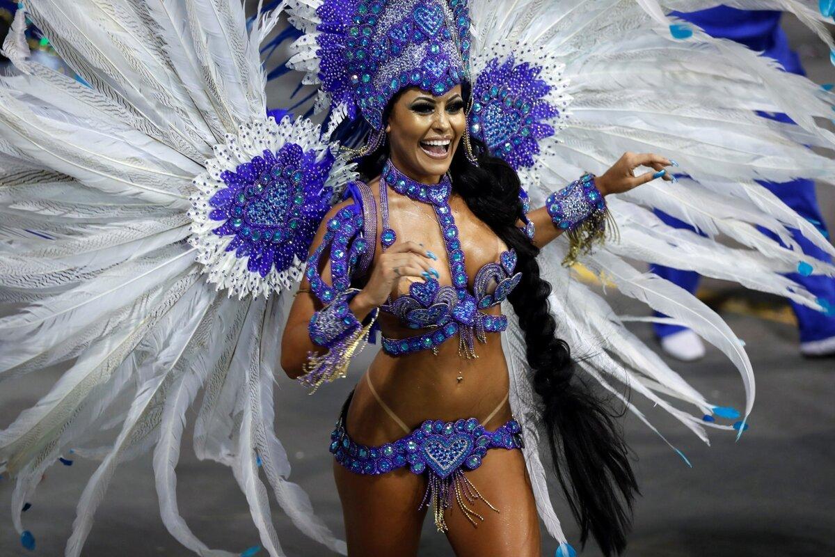 картинки костюмов в бразилии