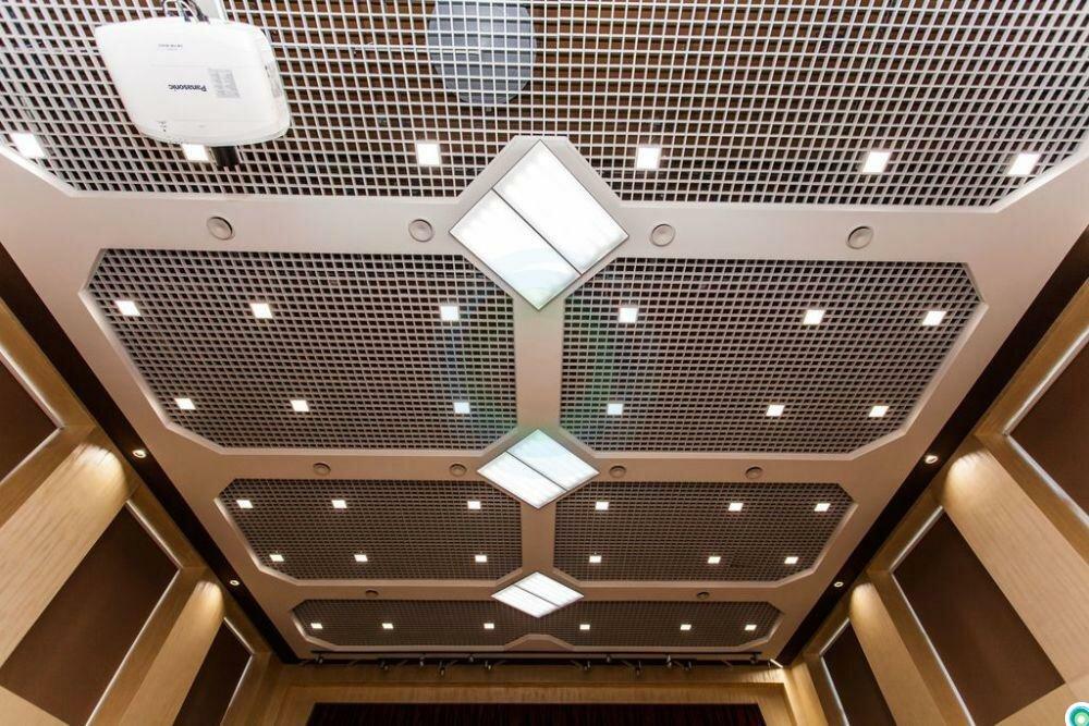 Потолок грильято фото №3