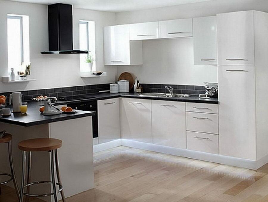 белые кухни с темными столешницами фото дорожки это