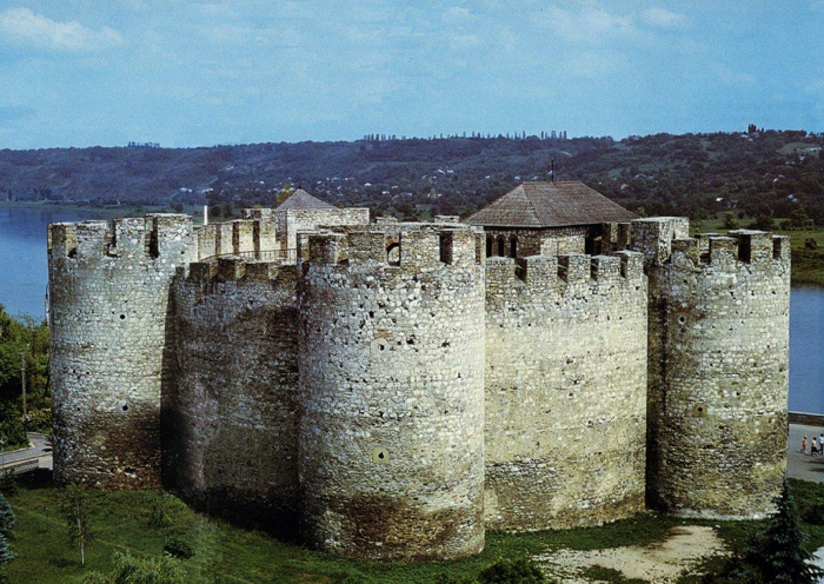 смотреть фото крепости в сороках молдавия сколько осведомлен они