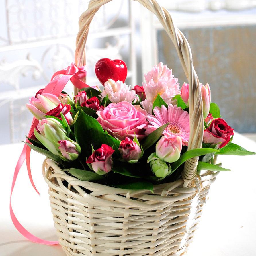 чашки восьмое марта открытки корзина цветов музыка, хороший бар