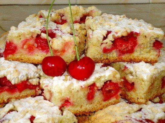 тертий пиріг з вишнями рецепт з фото