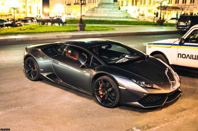 Lamborghini LP610-4.