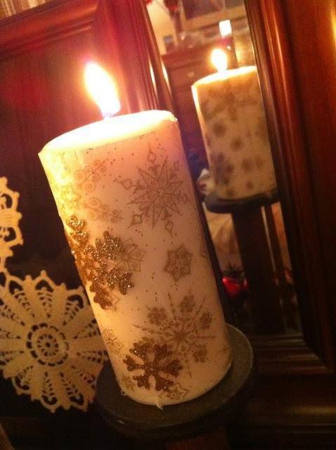 Следуйте нашим рекомендациям, и у вас получится великолепная свеча новогодняя своими руками. Технология изготовления простая, а результат -  лучше покупного аналога.