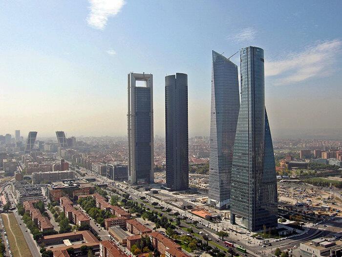 """Деловой комплекс """"4 башни"""" в Мадриде"""