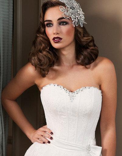 Интересный вариант свадебного макияжа