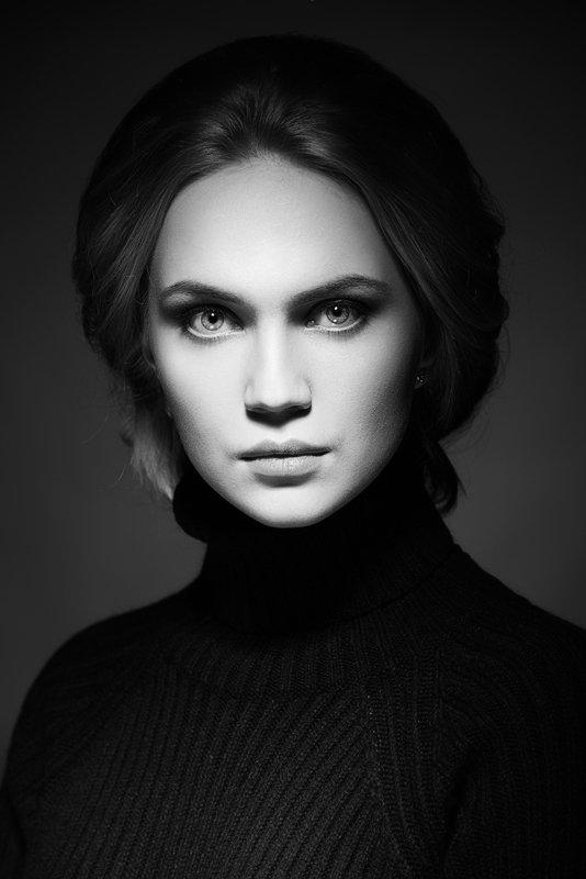 черно-белое фото женщин