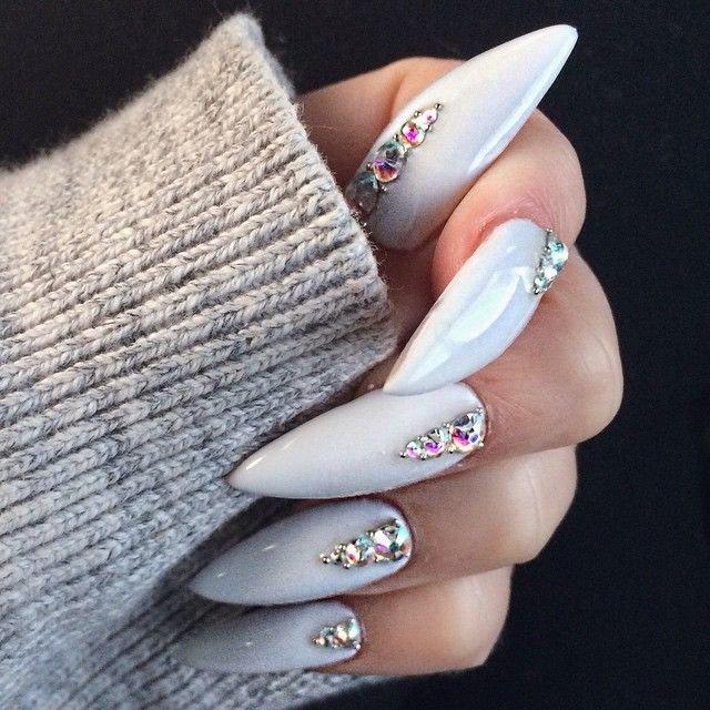 Дизайн на длинные ногти острые