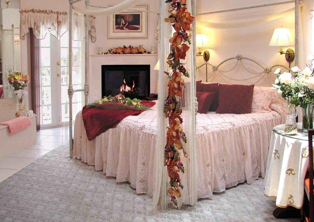 Спальня молодоженов фото