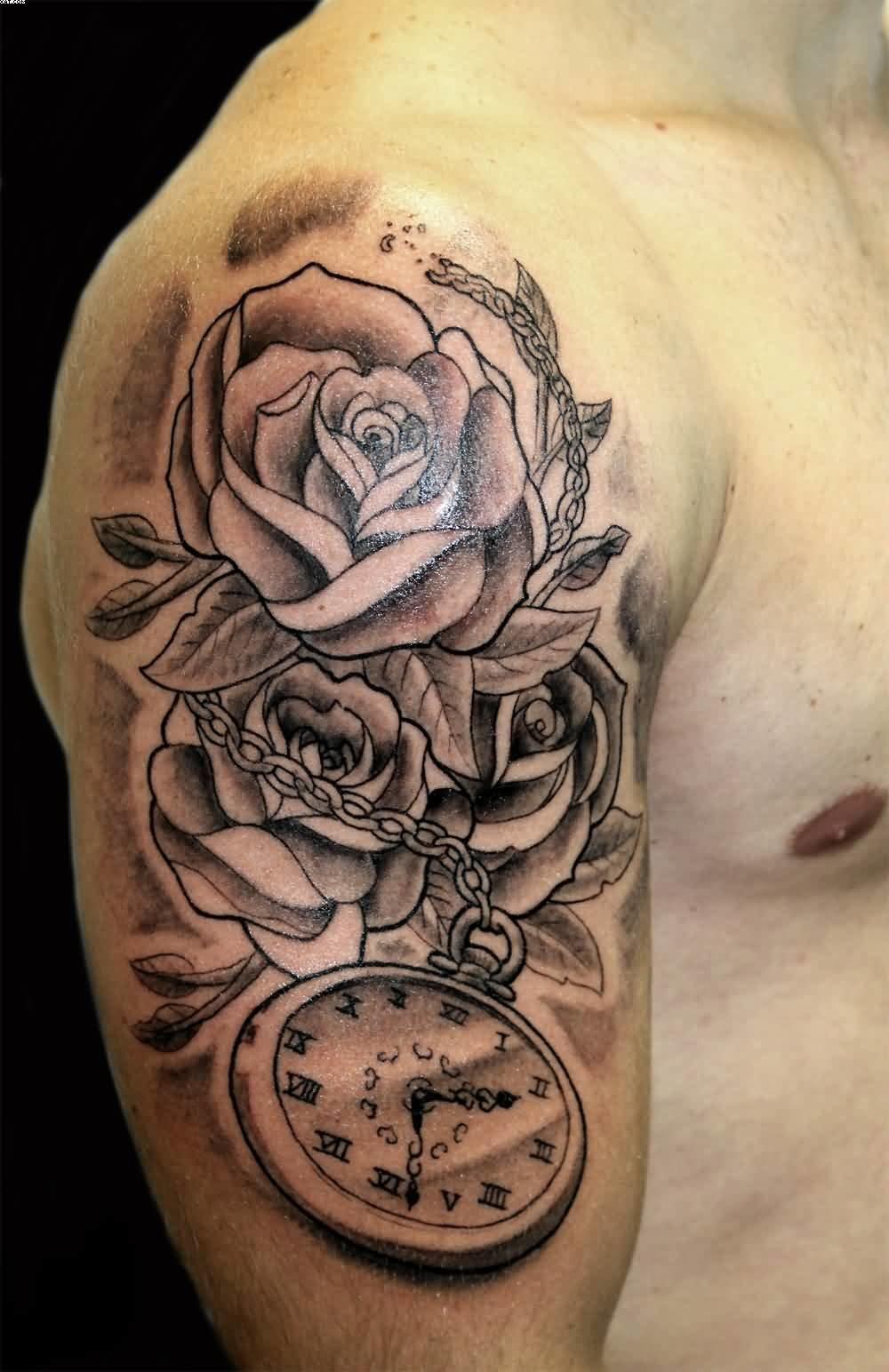 Тату часы на руке означает, что ее владельца периодически посещают мысли, правильно ли он тратит свое время, на что растрачивает свою жизнь.
