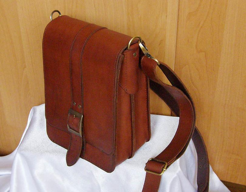 b12835403312 ... Сшить мужскую сумку из натуральной кожи своими руками поможет подробный  мастер-класс с пошаговыми фотографиями