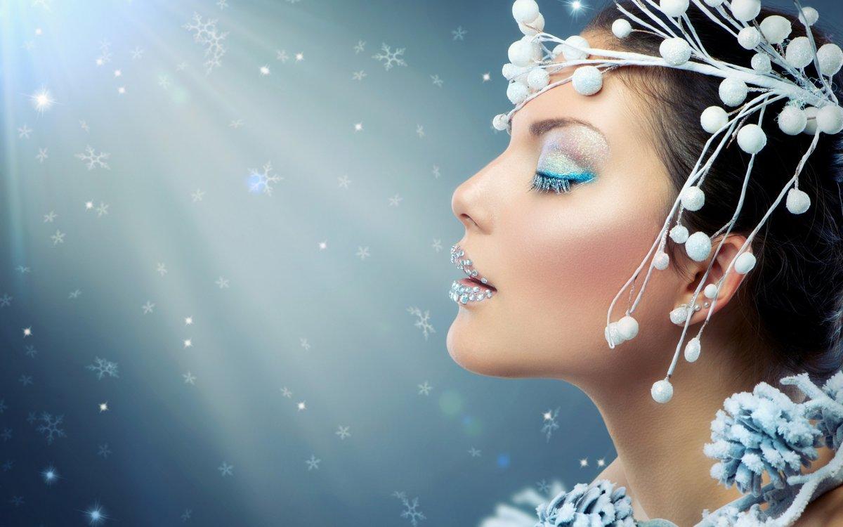 Новогодние картинки с девушкой с красивым макияжем, прикольные рисунки