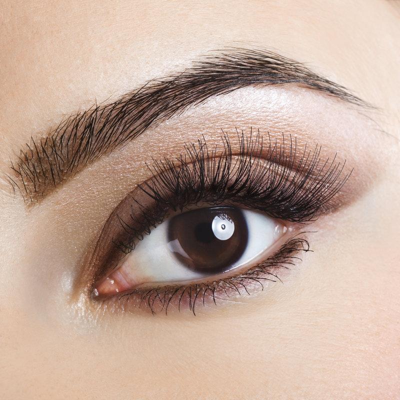 фото красивые карие глаза