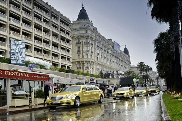 Золотые лимузины для Канн от Мерседес Бенц