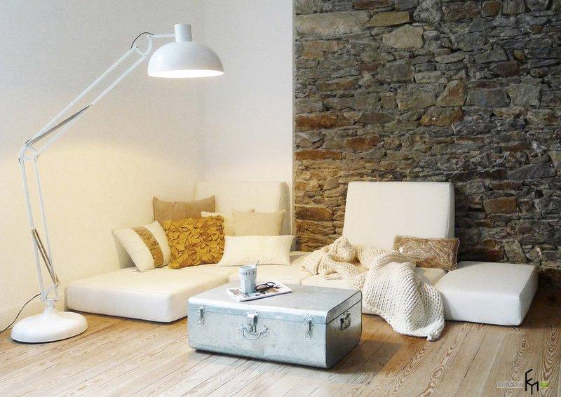Современный, эксклюзивный интерьер и дизайн гостиной комнаты. Красивые примеры оформмления стен, пола и потолка. Стильная и роскошная дизайнерская мебель.