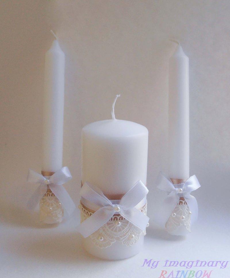 свеча и бусинки на ней